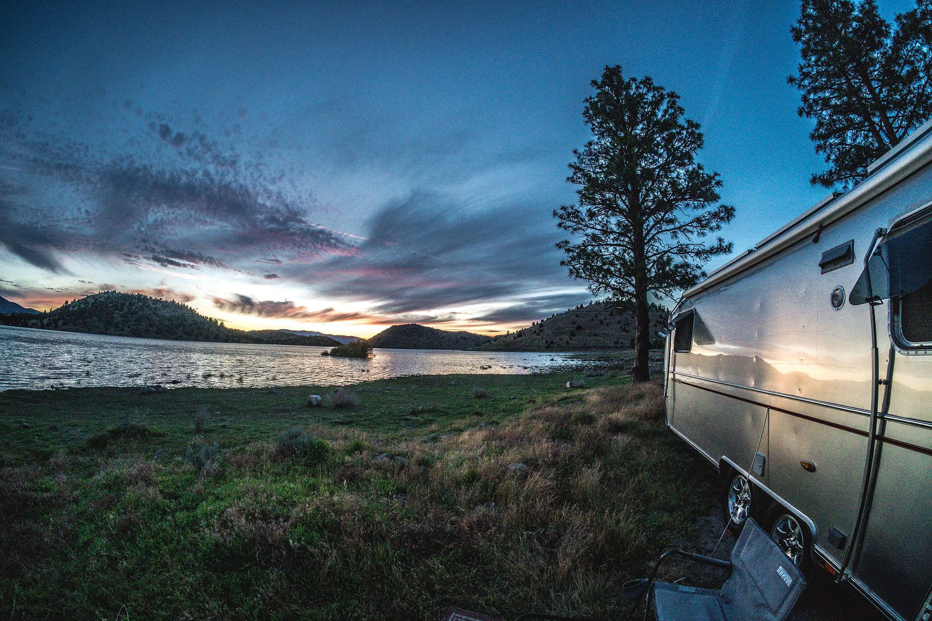 Downsize Your Home and Travel the US in an RV!